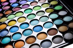The 88 Cool Matte Eyeshadow Palette: Great Makeup Color
