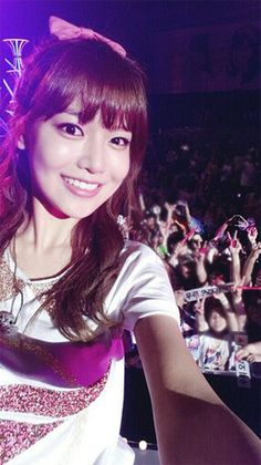 Sooyoung selca with fans