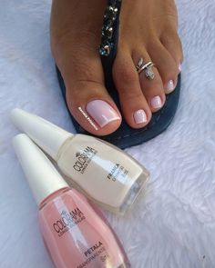 French Pedicure, Manicure And Pedicure, Toe Rings, Toe Nails, Manicures, How To Make, Design, Light Nails, Toenails