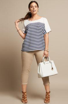 Sejour Chiffon Blouse & Straight Leg Ankle Pants (Plus Size) Look Plus Size, Plus Size Model, Curvy Girl Fashion, Plus Size Fashion, Womens Fashion, Moda Xl, Plus Zise, Black And White Tees, Casual Outfits