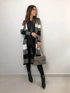 52 Ideas for dress outfits fall cardigan Casual Work Outfits, Fall Outfits, Dress Outfits, Fashion Outfits, White Fashion, Look Fashion, Autumn Fashion, Fall Cardigan, Dress With Cardigan