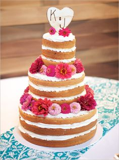 love this cake. So simple.. yet so beautiful and homey. Reminds me of my birthday cakes my mom would make me as a kid