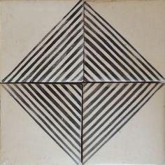 Merola Tile Kings Rombos 17 3 4 In X 17 3 4 In Ceramic Floor And Wall Tile 11 3 Sq Ft