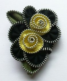 Items similar to Black and Yellow Multi Flower Floral Brooch / Zipper Pin by ZipPinning 2563 on Etsy Felt Brooch, Beaded Brooch, Zipper Flowers, Fabric Flowers, Zipper Jewelry, Beaded Jewelry, Bullet Jewelry, Gothic Jewelry, Jewelry Necklaces