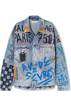Balenciaga Oversized printed denim jacket - Jeans Jacket - Ideas of Jeans Jacket - Jean Jacket Outfits, Jacket Jeans, Guy Outfits, Denim Shorts, Painted Denim Jacket, Painted Jeans, Diy Jeans, Oversized Denim Jacket, Printed Denim