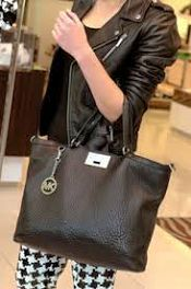Michael kors crossbody Shop the latest bags on the world's largest fashion site.