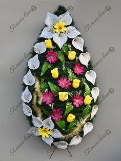 Funeral Arrangements, Flower Arrangements, Floral Arrangement, Floral Wreath, Projects To Try, Crochet Hats, Wreaths, Flowers, Tropical Flower Arrangements