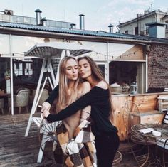 Ideas Photography Poses Bff Girlfriends For 2019 Bff Pics, Bff Pictures, Best Friend Pictures, Travel Pictures, Pic Pose, Picture Poses, Memories Photography, Photography Poses, Bff Posen