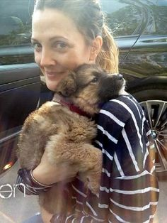 Drew Barrymore + new puppy, from Rescue Me! Stars Who Love Shelter Pets. More pics: http://www.peoplepets.com/people/pets/gallery/0,,20585785,00.html#21144565