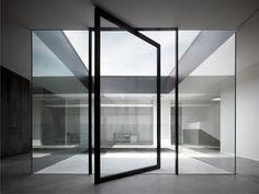 Kentron HQ / Marco Costanzi Architetti