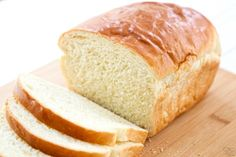 White Bread recipe is made with basic ingredients & detailed instructions showing how to make bread! Done in just over an hour this recipeis one of the best soft white sandwich bread recipes. I began experimenting with bread Best White Bread Recipe, Homemade White Bread, Sandwich Bread Recipes, Easy Bread Recipes, Cooking Recipes, How To Make Bread, Bread Baking, Pain, Yummy Food