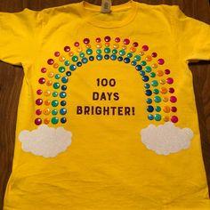 100 Days of school shirt! 100 Days of school shirt! 100th Day Of School Crafts, 100 Day Of School Project, School Projects, 100 Day School Shirt, Diy Back To School, School Fun, School Ideas, School Stuff, 100 Days Of School Project Kindergartens