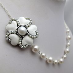 Bridal Jewelry  Vintage White Heart Pearl Flower Necklace