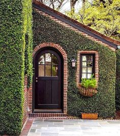 Design by Peter Pennoyer Architects landhausstil Pros and Cons of Painting Your Brick House Brick Cottage, Arched Doors, Arched Front Door, Architecture Details, Classical Architecture, Curb Appeal, My Dream Home, Exterior Design, Brick Design
