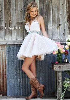 Sherri Hill dresses are designer gowns for television and film stars. Find out why her prom dresses and couture dresses are the choice of young Hollywood. Cute Homecoming Dresses, Prom Dresses 2015, Grad Dresses, Dance Dresses, Prom 2015, Dress Prom, Wedding Dresses, Sherri Hill Prom Dresses Short, Pretty Dresses