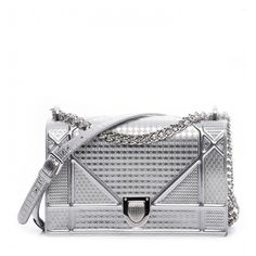 CHRISTIAN DIOR Metallic Calfskin Micro-Cannage Medium Diorama Flap Bag... ❤ liked on Polyvore featuring bags, handbags, shoulder bags, cross-body handbag, white crossbody purse, silver shoulder bag, white shoulder bag and shoulder strap bags