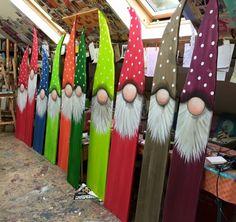 gnomes crafts \ gnomes & gnomes diy how to make & gnomes crafts & gnomes diy how to make from socks & gnomes diy & gnomes diy how to make pattern & gnomes garden & gnomes crafts free pattern Christmas Wood Crafts, Christmas Gnome, Christmas Signs, Christmas Projects, Holiday Crafts, Christmas Decorations, Xmas, Christmas Ornaments, Thanksgiving Crafts