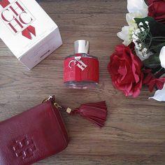 Happy Sunday #carolinaherreraperfume #chperfume #toryburch #perfume #perfumelover #fragrantica #fragrance #ig_parfum #myfavoriteperfume #perfumeshop #designerperfumes #sundayfunday #myperfumecollection #weekend #scentoftheday #bestprices #bblogger #beautyaddict #beautybloggers #birthdaygift #giftsets #parfyme #eaudeparfum #eaudeparfum #eaudetoilette #fragrancelover #designercollection