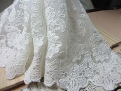 Bridal Lace Fabric BY The Yard Off  White Lace by bloominglace, $88.27 Till nederkant kjol?