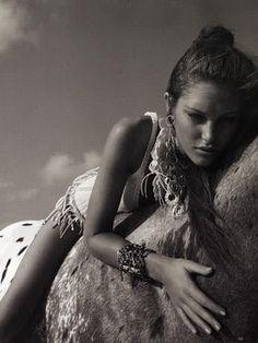 black,and,white,fashion,girl,horse,horseback,riding,horses-