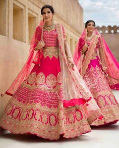 Get the best collections of desginer bridal lehenga choli online from our webiste. Our Indian style dresses will give you the ethnic look. Pink Bridal Lehenga, Bridal Lehenga Online, Wedding Lehnga, Designer Bridal Lehenga, Indian Bridal Lehenga, Pink Lehenga, Indian Bridal Outfits, Indian Bridal Fashion, Indian Bridal Wear