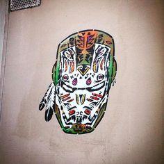 Apache iron man !  #streetart #art  #art #paris #france #graffiti #graff #instagraffiti #instagraff #urbanart #wallart #artist #urbanart #parisarturbain #parisart #iloveparis #paris14 #ironman #superhero #tonystark #marvel #comics #head #mask #face #indien #indian #indianironman #apache