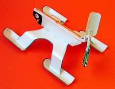 the Water strider Toys From Trash, Origami Art, Crafts For Kids, Airplane, Tech, Band, Water, Books, Stem Activities