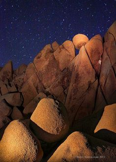 Giant Marble Rocks - Joshua Tree, California