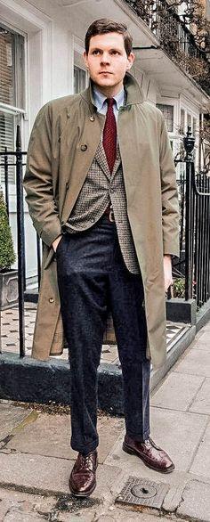 Mac John Simons x Grenfell Raincoat ivy league coat Navy Raincoat, Ivy Look, Ivy Style, Men's Style, Tweed Run, Ivy League Style, Preppy Men, Prep Style, Good Looking Men