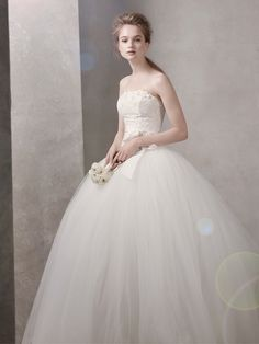 vera wang's wedding gowns bridal | White-by-vera-wang-wedding-dress-spring-2012-bridal-gowns-351027 ...