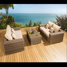 Luxury outdoor garden 2 x 2 seater sofa set mocha rattan/beige cushion. Truly stunning in design, this set gives a super high-class feel. This set consists of 2 x left and 2 x right hand end pieces, large coffee table, clips to hold the sofa pieces together, 4 x scatter cushions and heavy-duty covers. Made from fully weatherproof PE rattan, hand woven over a rust resistant frame. Call 02476 642139 or email sales@quatropi.com or visit www.quatropi.com for additional information.