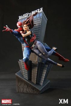 PO opens 24th Mar (Thursday midnight leading to Friday Singapore Time Zone) retailing at SGD1,100 (2 statues in 1 compact setup). Possibly the only 1/4 scale statue featuring the swinging love birds to be produced at low ES, don't miss it Spidey fans!
