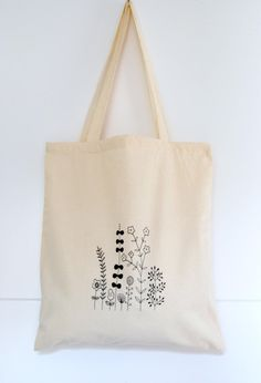 Gorgeous hand screen printed cotton tote bag by Arigato-Bcn on Etsy.