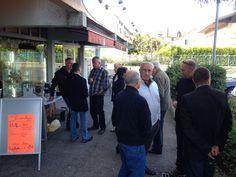 Café-rencontre devant le centre commercial les géraniums le 22 septembre 2013
