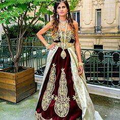 Fergani Costantinoise Moderne #TraditionalAlgerianOutfits #TraditionalAlgerianDresses #AlgerianFashion #Tradition #Fashion #Mode #HauteCouture #Costume #ModeAlgerienne #Algeria #Algerie #Djazair #dzair #dz الجزائر# #unesco #patrimoine #Culture #Arab #3arab #Arabe #Amazigh #Berbere #Imazighen #World #burnous #karakou #badroun #blouza #chedda #robekabyle #fergani #tasdira #caftanalgerien #fetla #gold #or #bijoux #jewelry #الملحفة_الشاوية + #الحلي_الجزائري التقليدي #اقوال_جزائرية #محرمة_الفتول