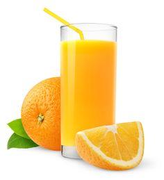 Апельсиновый сок благодаря высокому содержанию витамина С просто незаменим в холодное время года для профилактики и лечения простудных заболеваний и авитаминоза. Он повышает тонус, снимает усталость и укрепляет кровеносные сосуды. Врачи советуют пить апельсиновый сок при атеросклерозе и гипертонии, а также болезнях печени.