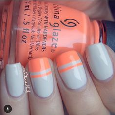Peachy perfection by @naturenail! Ophelia is using our Straight Nail Vinyls found at: snailvinyls.com
