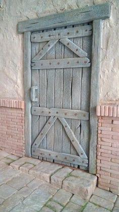 Pottery Houses, Ceramic Houses, Old Doors, Windows And Doors, Fairy Garden Doors, Diy Nativity, Medieval Houses, Château Fort, Door Entryway