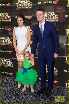 Stephen Amell & his family at #TMNT2 premiere in NY