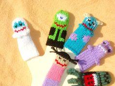 Monstres unie doigt marionnettes Set (comprend 5 monstres et 1 fille) nous pouvons créer des listes personnalisées de marionnettes individuels ou des ensembles de marionnettes.