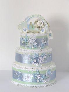 Торт ручной работы из памперсов (подгузников) на рождение малыша.