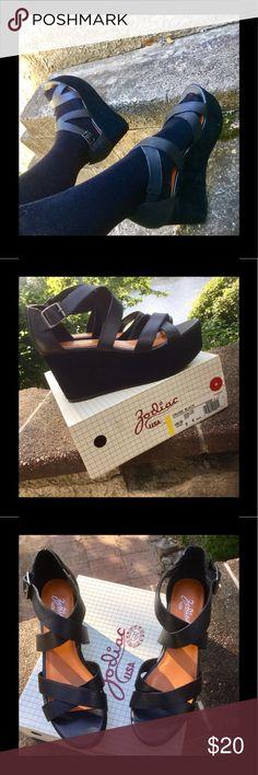 Zodiac Strappy Platform Shoes 9 M Sleek, black, EUC. Worn only a couple times. Zodiac Shoes Platforms