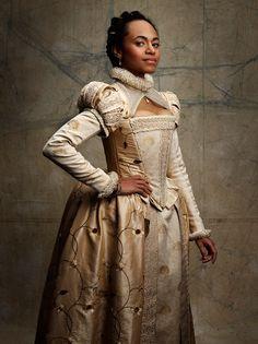 Photo by Andrew queen Eccles. Elizabethan Clothing, Elizabethan Dress, Elizabethan Fashion, Renaissance Fashion, Medieval Clothing, Historical Clothing, Ella Enchanted, Tudor Costumes, Black Image