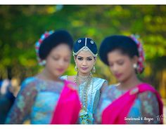 "Check out new work on my @Behance portfolio: ""Ranga & Sandamali Wedding"" http://be.net/gallery/54352569/Ranga-Sandamali-Wedding"