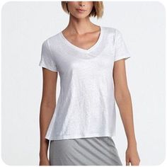 $29.98 Eileen Fisher Linen Shimmer V Neck Tee in White Silver Sz Large Excellent | eBay #eileenfisher