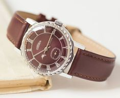 Free shipping Dark burgundy wristwatch CORNAVIN unisex watch