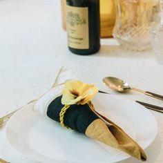 Häkeln: Luftmaschen • yellowgirl der DIY-Lifestyle Blog Diy Choker, Napkin Rings, Blog, Home Decor, Glass Bottles, Script Logo, Simple Diy, Decoration Home, Room Decor