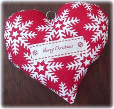 Red & White Nordic Snowflake 'Christmas spice' scented heart decoration £4.50