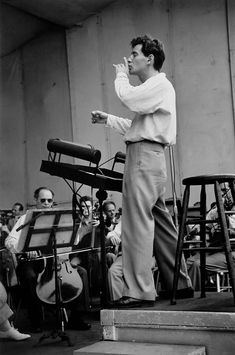 Ruth Orkin was an award-winning photojournalist and filmmaker. She ended up with many of the worlds' greatest musicians of the time. In the picture, Leonard Bernstein. Margaret Bourke White, France Culture, Leonard Bernstein, Artist Bio, Photo Journal, Female Photographers, Documentary Photography, Music Composers, Conductors