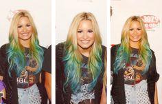 Demi's blond green blue hair